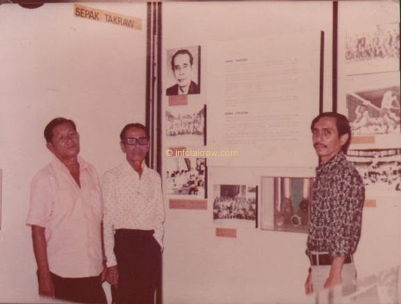 Hamid Mydin with friends, Mr Hassan Said and son, Mohd Zahari in Kuala Lumpur in conjunction with the National Museum of SPORTS WEEK EXHIBITION May 25, 1979 to June 17, 1979